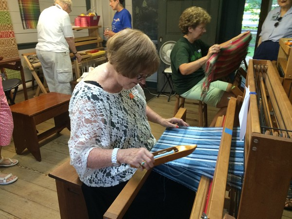 weaving classes at Exchange Place